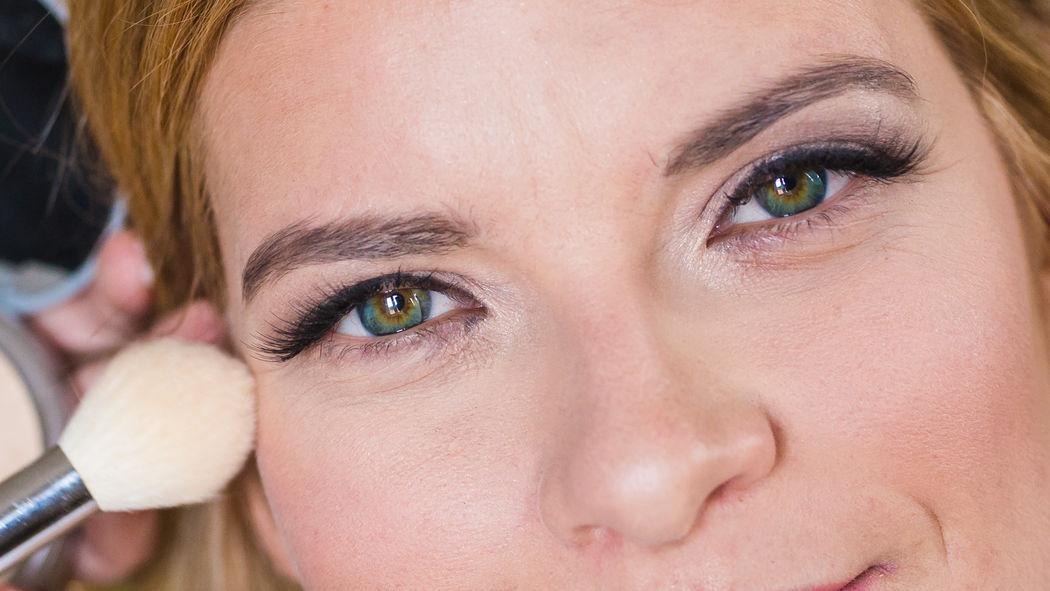 Ana Lobo - Makeup Artist