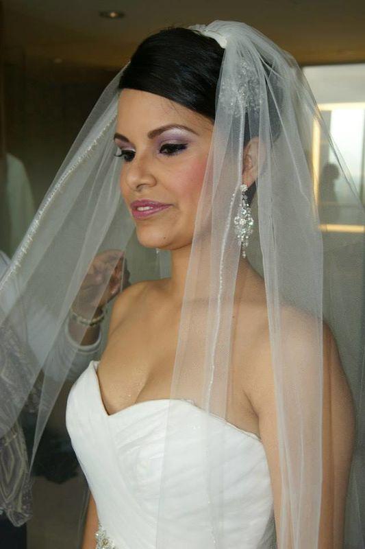 Novia Nhar Sanchez Coral.