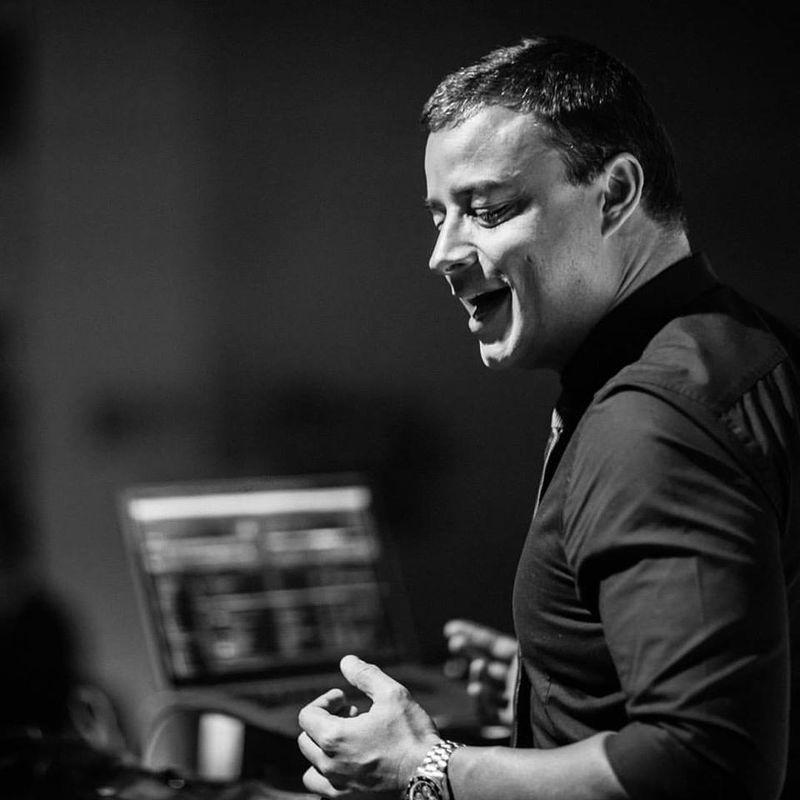 DJ Rodrigo Melo