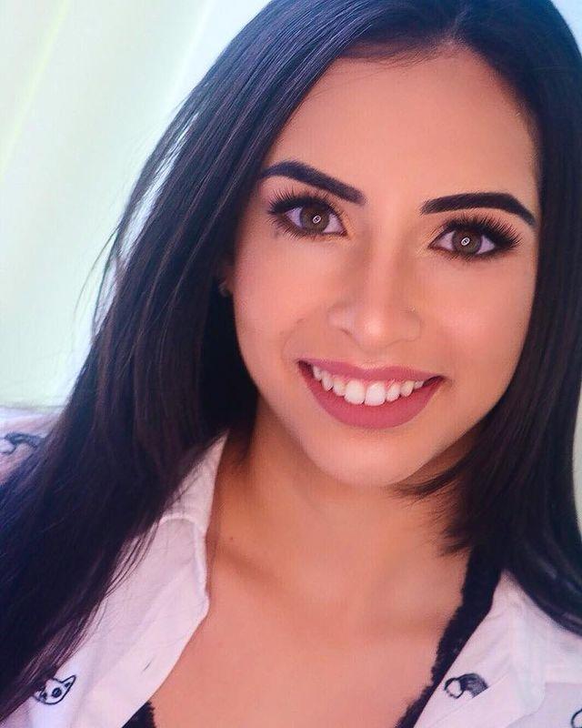 J.A Make Up