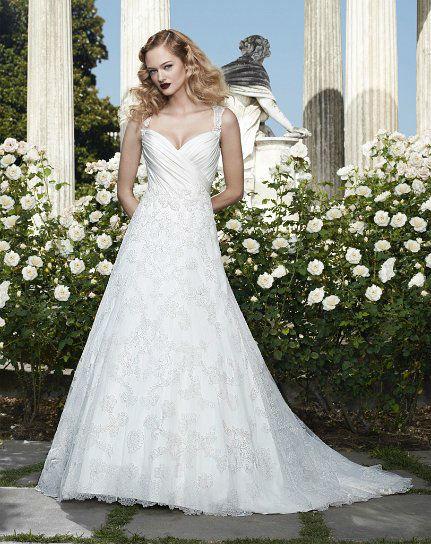 Beispiel: Mode für die Braut von heute, Foto: White Silhouette.