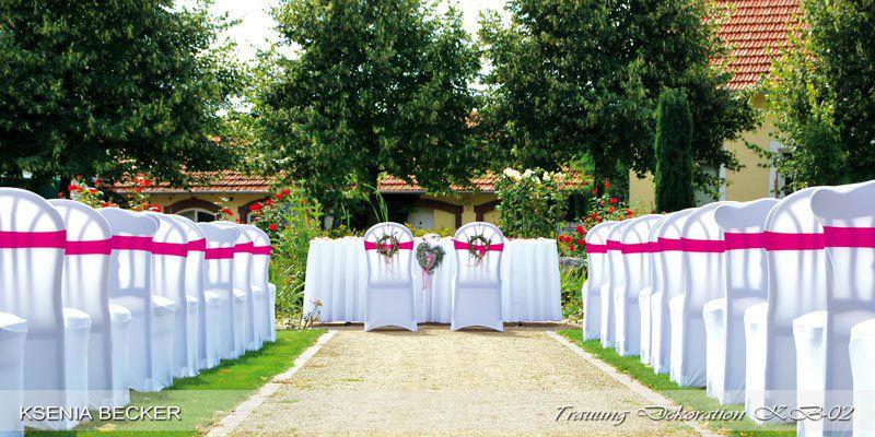 Beispiel: Hochzeitsdeko außen, Foto: Ksenia Becker.