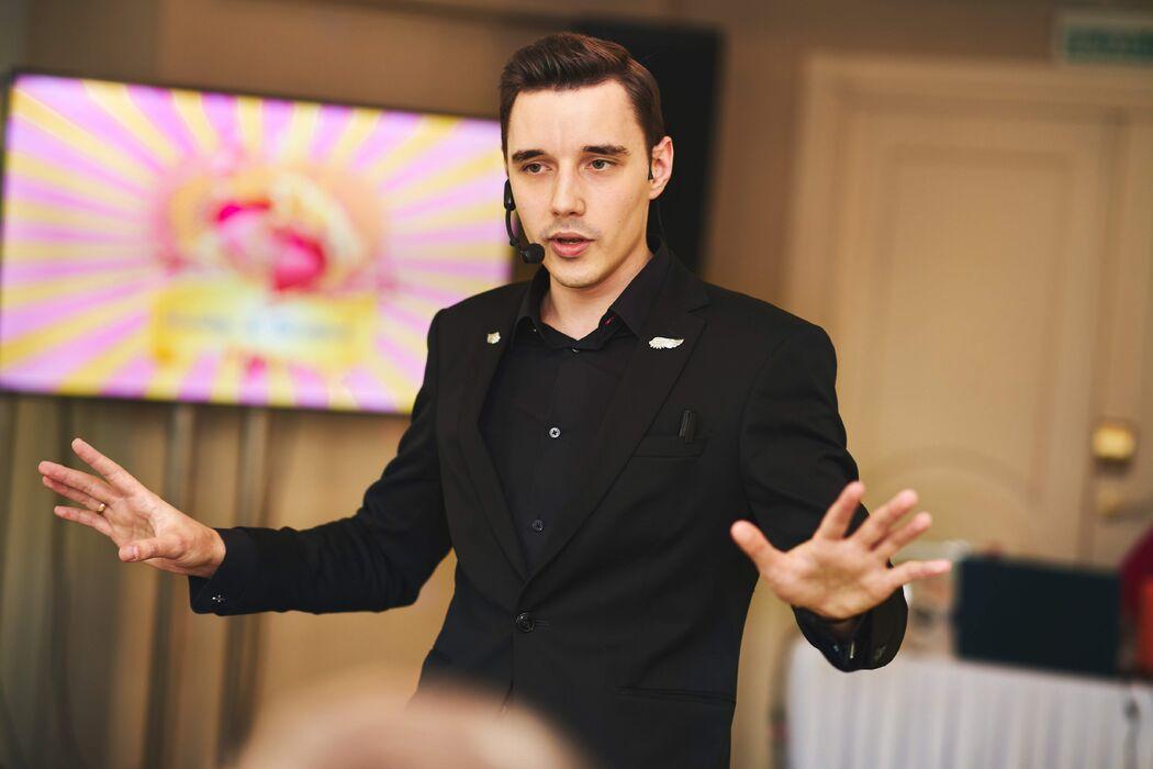 Сергей Голуб, шоумен иллюзионист