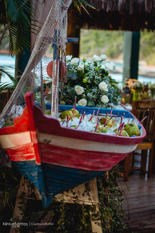 Água de coco no barquinho