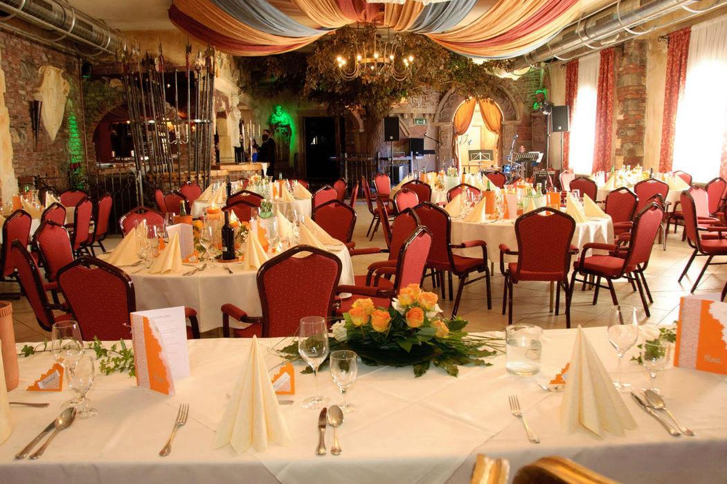 Beispiel: Hochzeitslocation, Foto: Burg Spielberg.