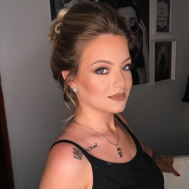Evelyn Maia Makeup