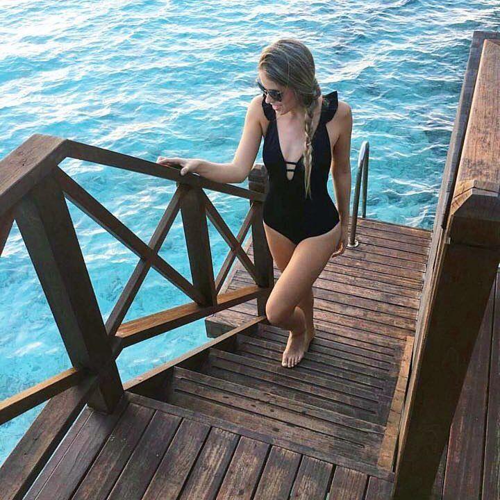 Mompossina Swimwear