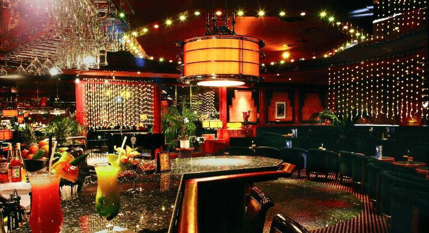 Beispiel: Bar, Foto: Maritim Hotel Magdeburg.