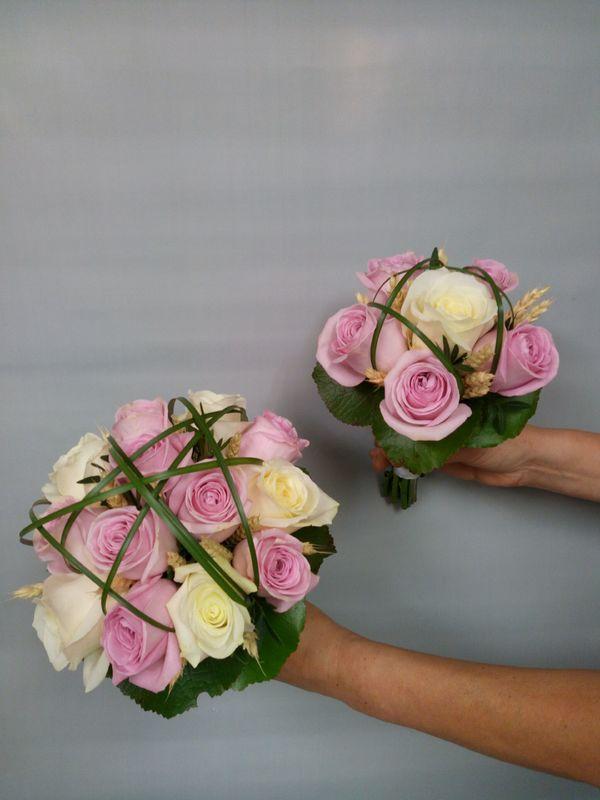 Bouquet de mariée et de demoiselle d'honneur, assortis
