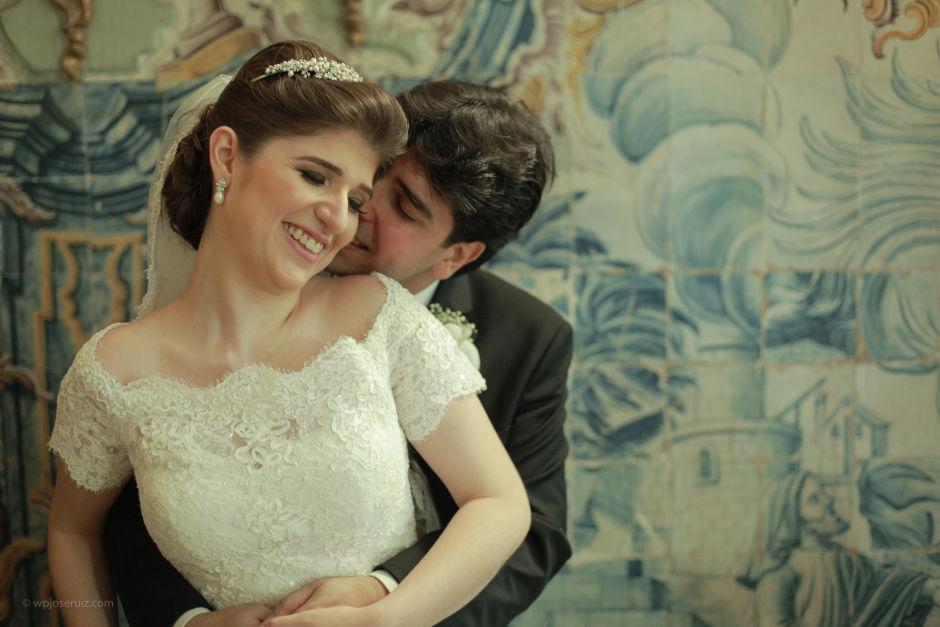Carinho de noivos, casados e felizes