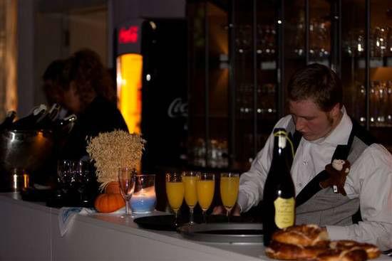 Beispiel: Kompetente Barkeeper, Foto: Dwenger Catering & Events.