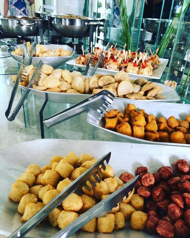 Adelso Buffet