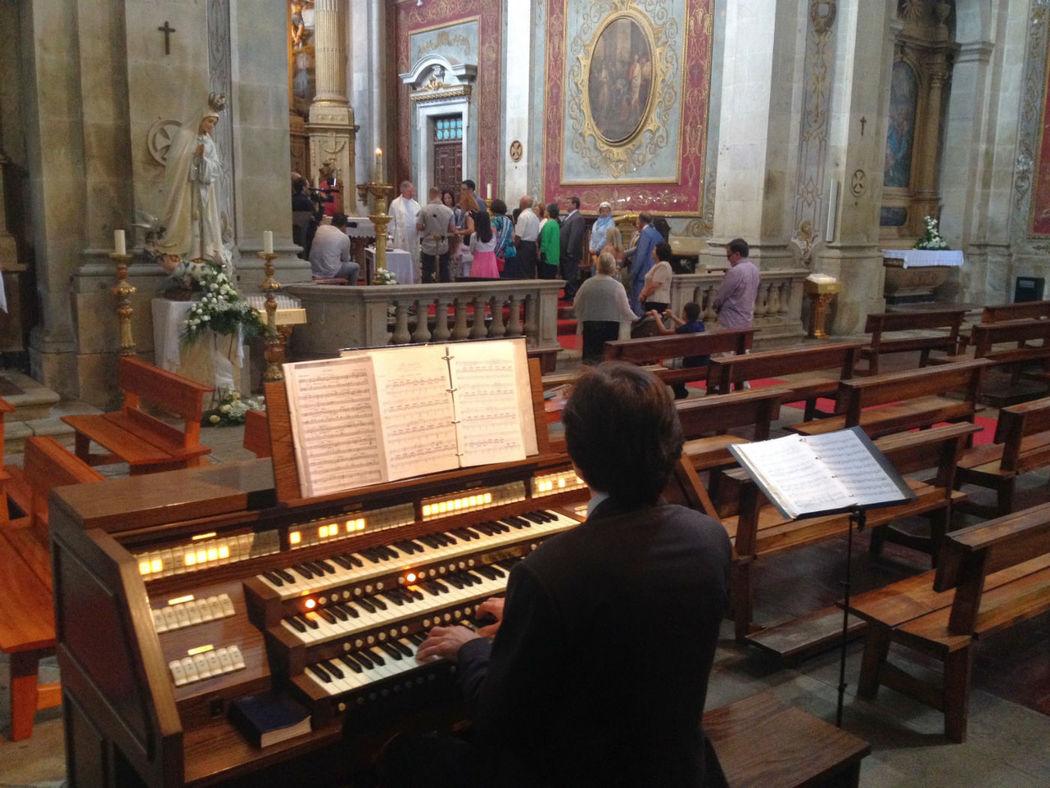 Bom Jesus - Braga. WWW.CERIMONIAS.NET - Canto Lírico, Violino e Órgão . Casamentos e Eventos