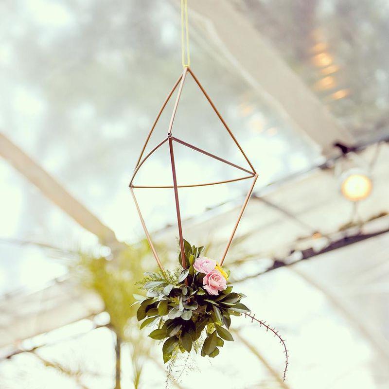 Terrário geométrico flutuante handmade