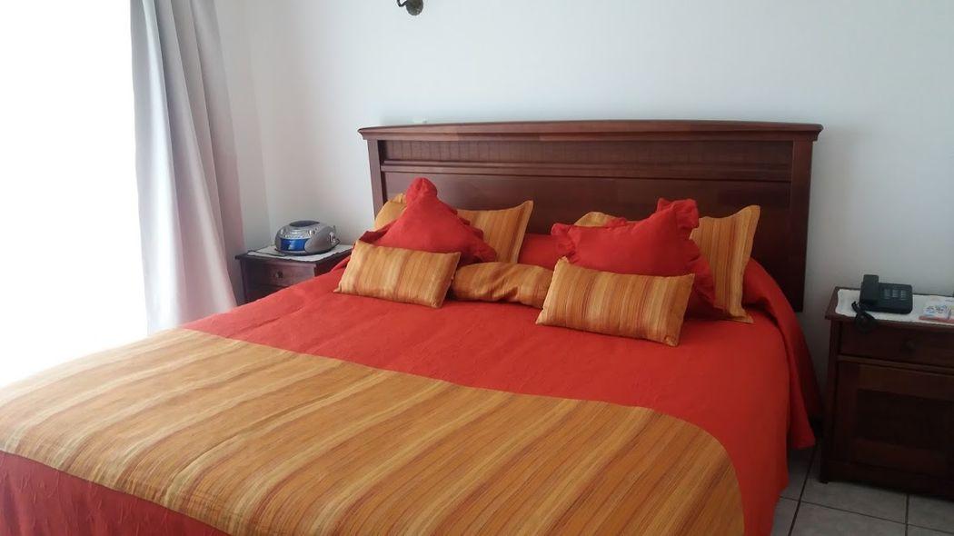 Hotelera Vegasur