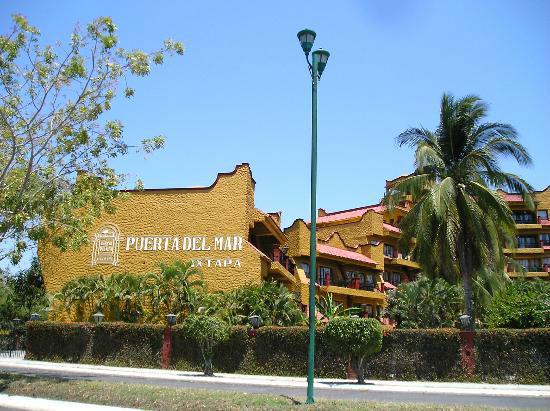 Puerta del Mar Ixtapa