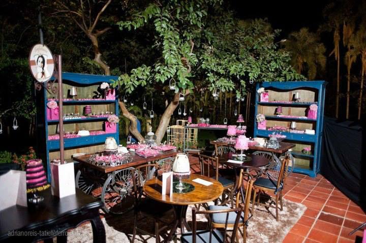 Festivitá -  Locação de Material e Móveis para Eventos