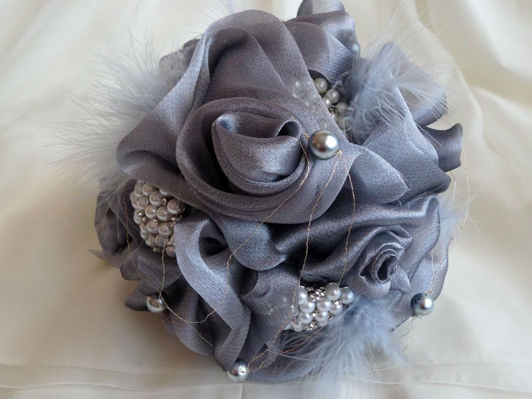 Bouquet de rosas de organza