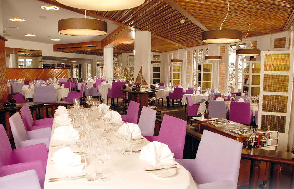 Beispiel: Hochzeitsgedeck, Foto: Hotel Chlosterhof.