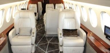 Beispiel: Flugzeug innen, Foto: Edeltour