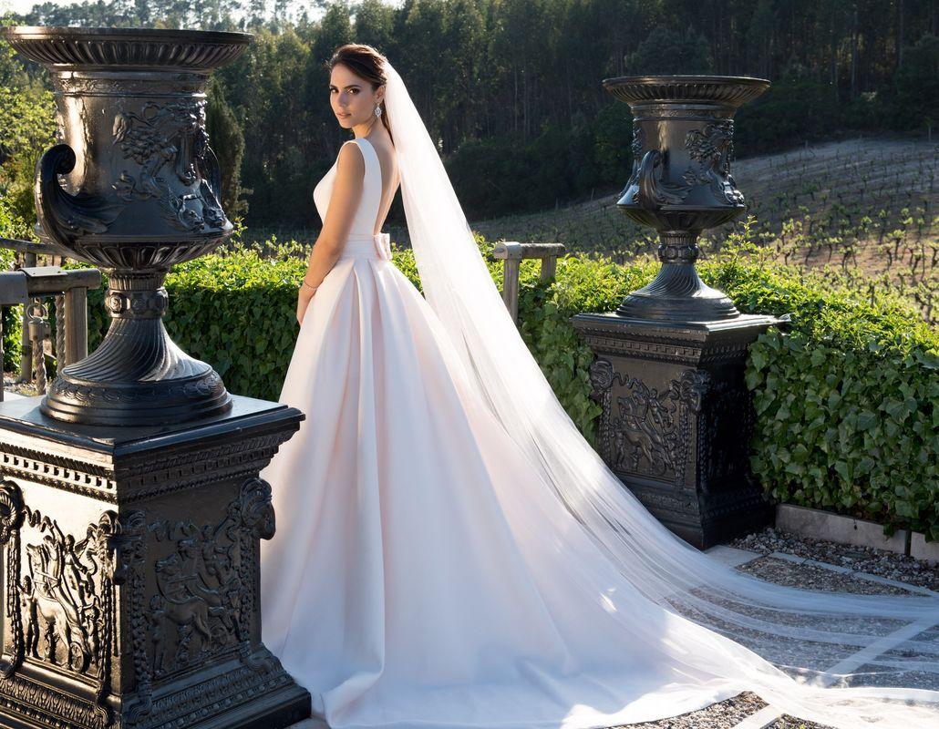 Die schöne Braut