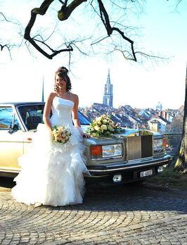Beispiel: Lassen Sie sich zur Hochzeit chauffieren, Foto: Roger's Limousinenservice.