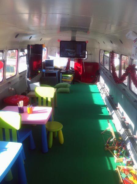 Show Bus