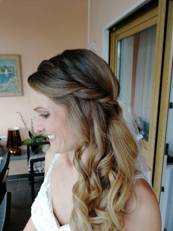 Alexandra - Friseurmeisterin & Make-up Artistin