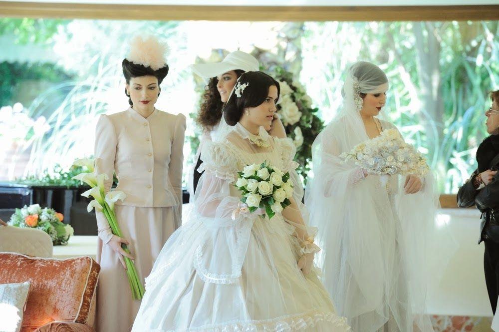 Sfilata di abiti da sposa d'epoca.  Realizzata da Yes wedding planner