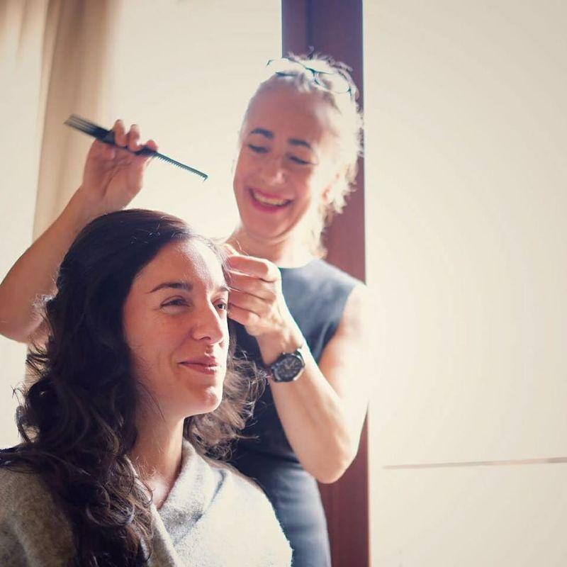 Amparo Aznar - Peluquería y Maquillaje