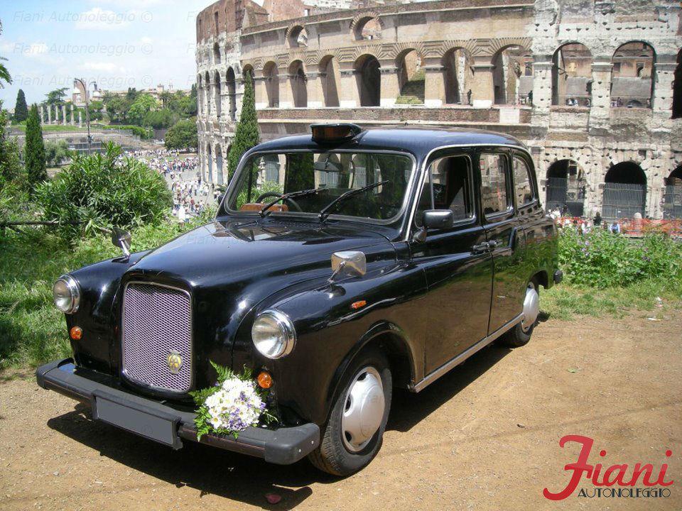 Fiani Autonoleggio: Taxi Londinese Originale (6 posti)