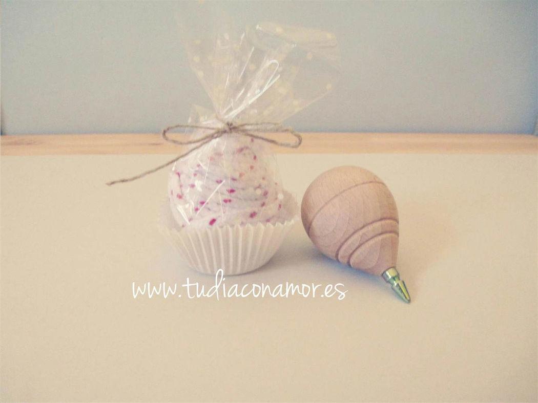 Detalle niños, original peonza cupcake