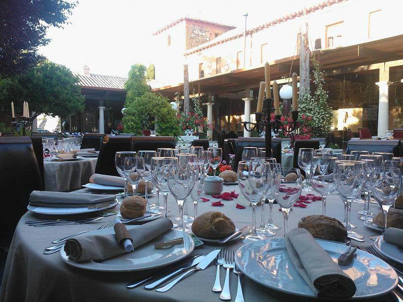 Banquete en el Patio del Pozo