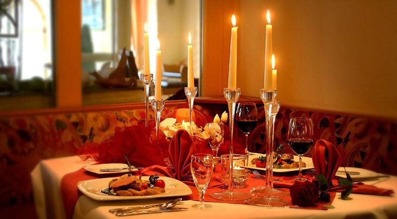 Beispiel: Tischdekoration, Foto TRIHOTEL am Schweizer Wald.