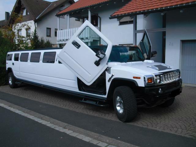 Beispiel: Hummer 2 Stretch, Foto: FUN-LIMOS Limousinenservice & Chauffeurdienst.