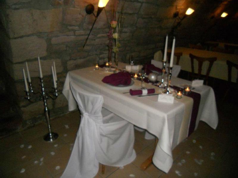 Beispiel: Tischdekoration, Foto: AKZENT Gasthof Krone.
