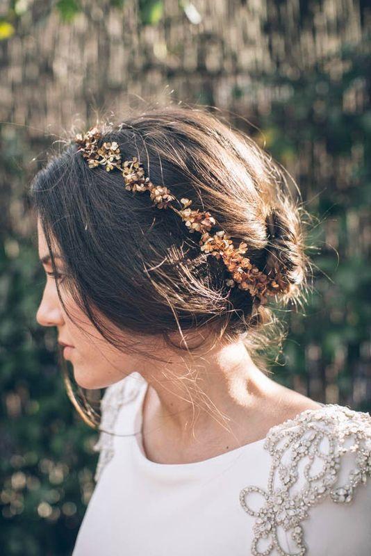 #moñoCasilda by Marieta Hairstyle Foto Ana Encabo & Alejandra Ortiz Vestido Miriam Gálvez Tocado Cucullia