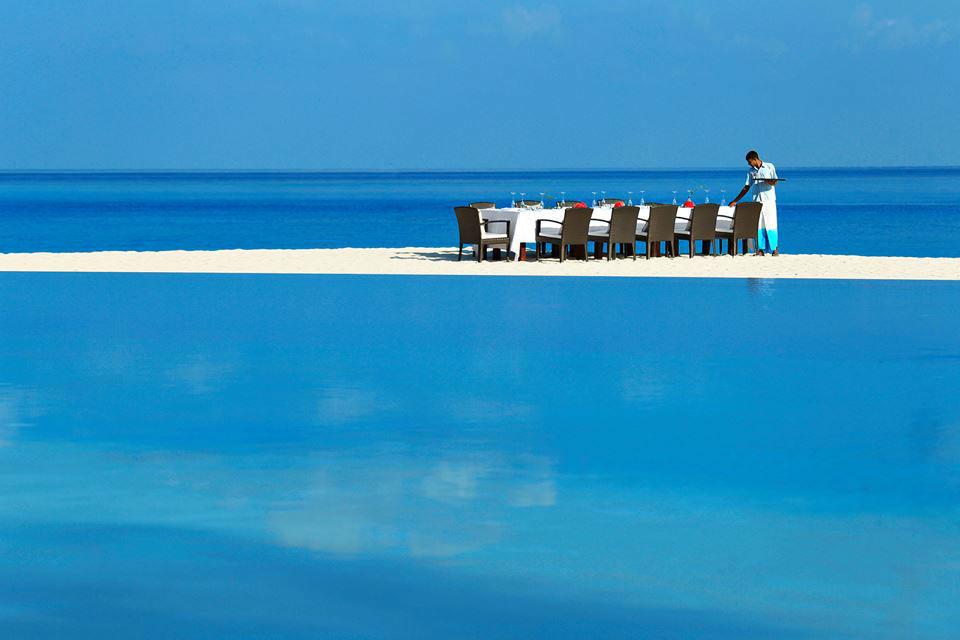 Beispiel: Dinner auf der Sandbank, Foto: TUI.