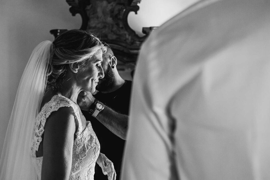 destination wedding photographer tuscany pienza angela angelaphoto angela.photo matrimonio toscana pienza preparativi sposa get ready bride