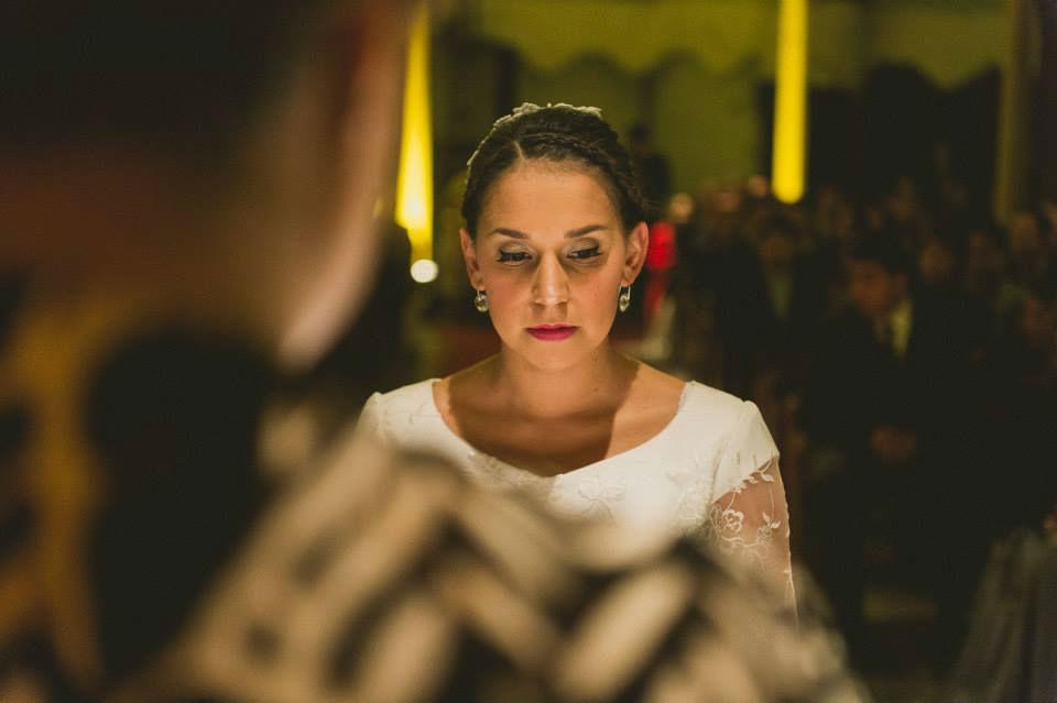 Una de nuestras novias en el altar. Maquillaje y Peinado por nosotras, Marion y Mane de So Beautiful Makeup