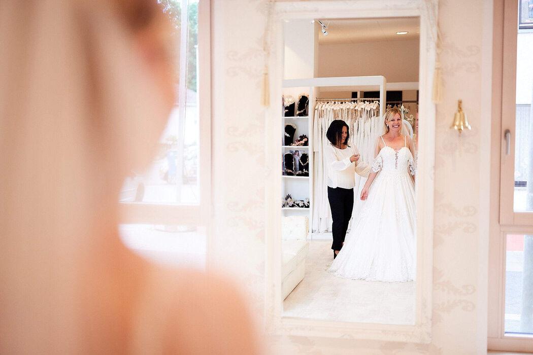 Wedding Lounge Brautmoden