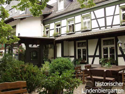 Beispiel: Terrasse, Foto: AKZENT Aggertalhotel Zur alten Linde.
