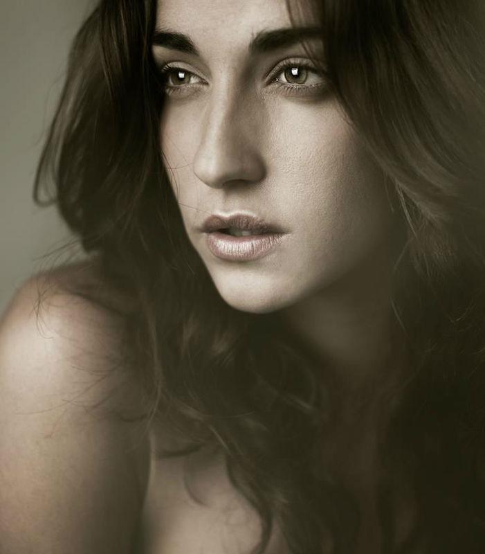 Astrid Make Up
