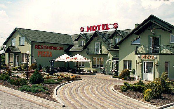 Paola Hotel
