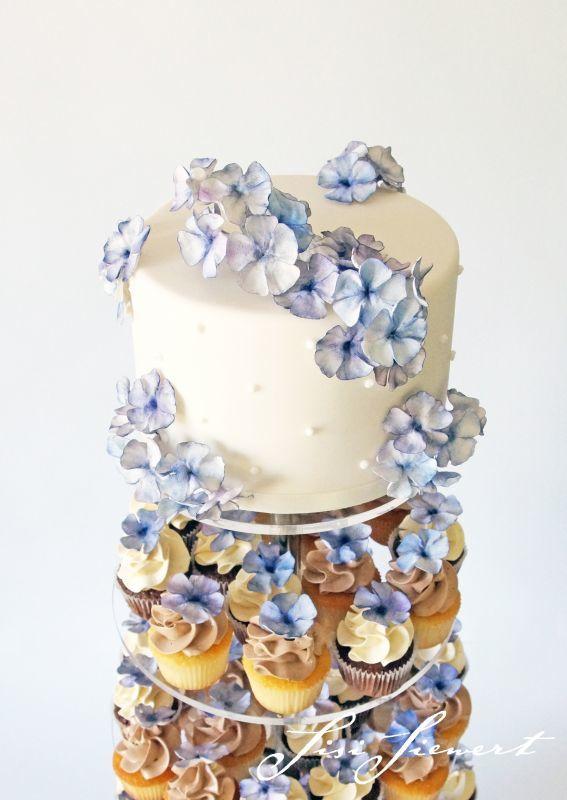 Hochzeitstorte | Cupcaketorte Blossom | Foto: Sisi Siewert