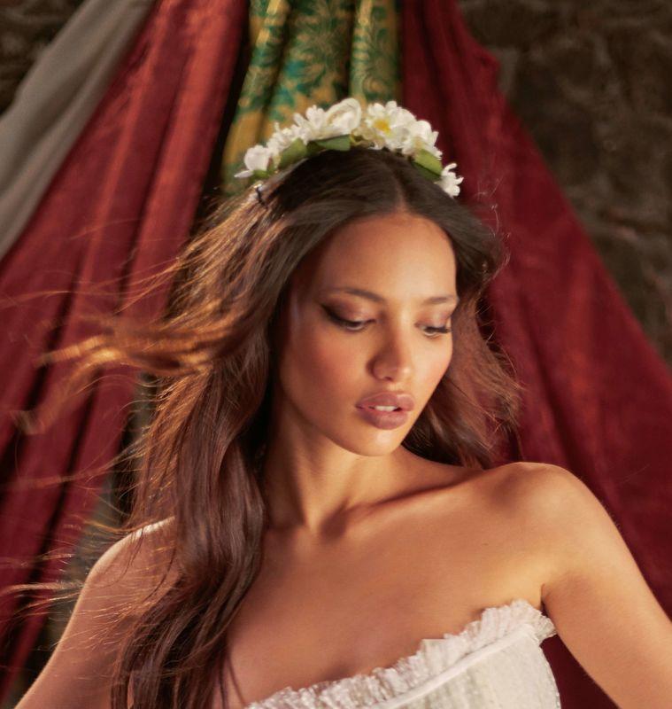 Almudena Persa Makeup & Hair