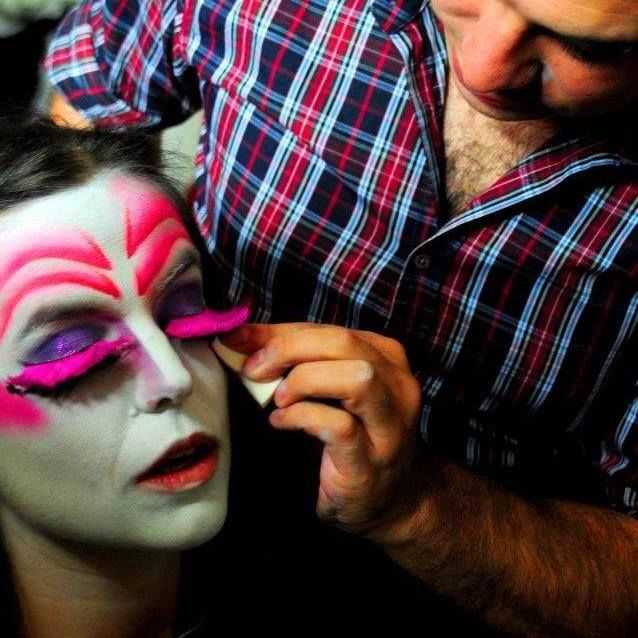 Juan Torres, profesional make up