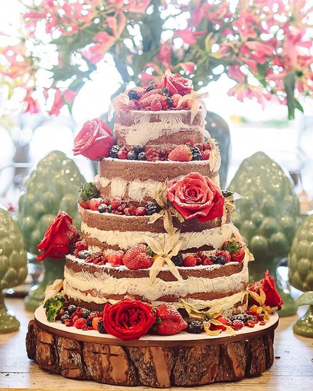 Naked cake Frutas vermelhas - Exclusif