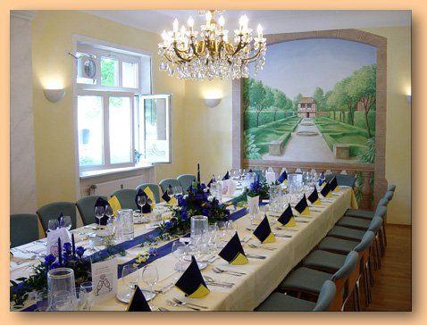 Beispiel: Nebenzimmer Hochzeitstafel, Foto: Dampfnudel-Bäck.