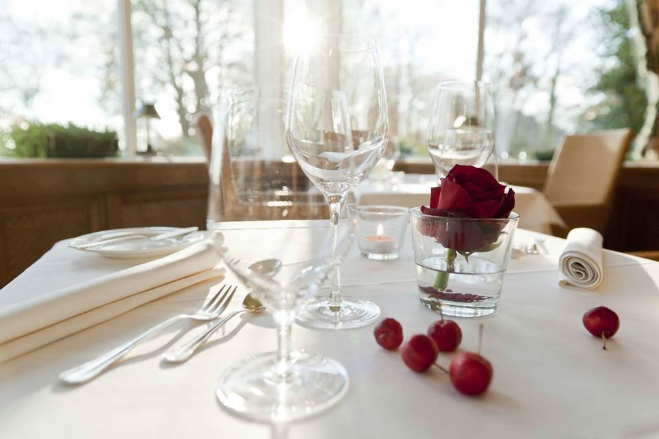 Beispiel: Restaurant, Foto: Romantik Hotel Kieler Kaufmann.